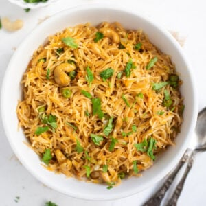 Semiya Upma made with vermicelli in a bowl