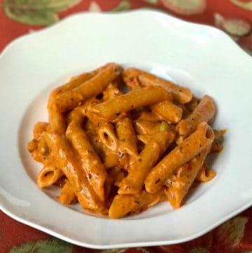 Penne Pasta in Tomato Cream Sauce – Instant Pot Pressure Cooker