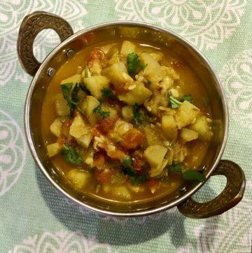 Lauki / Bottle Gourd / Opo Squash Curry – Instant Pot Pressure Cooker