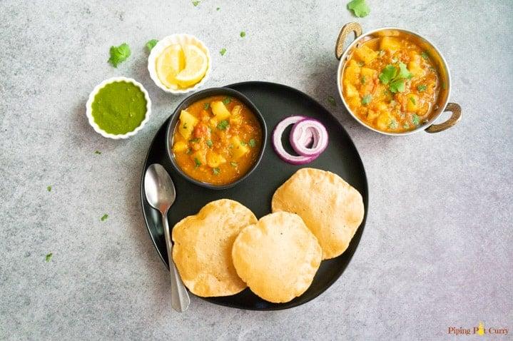 Instant Pot Aloo Tamatar Curry