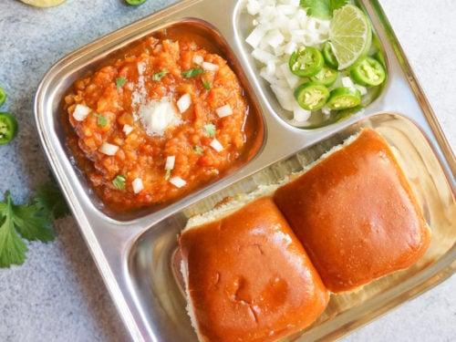 Easy One-pot Mumbai Pav Bhaji (Spiced Mashed Vegetables) - Piping Pot Curry