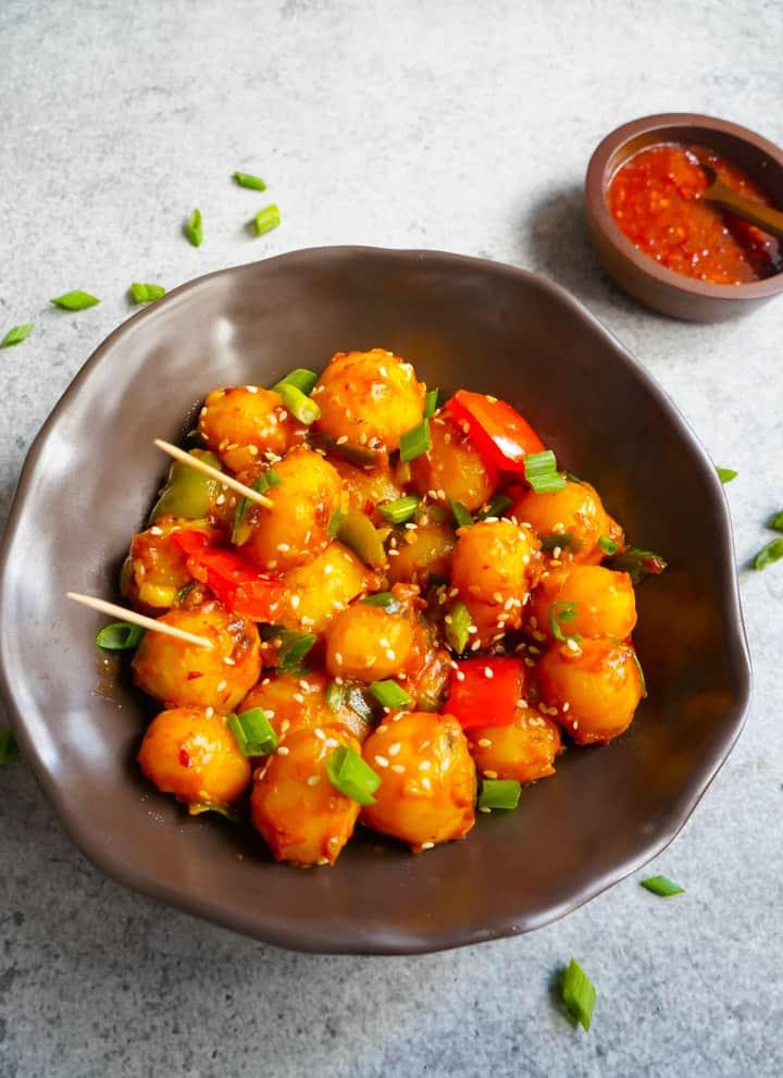 Garlic Chili Potatoes Piping Pot Curry