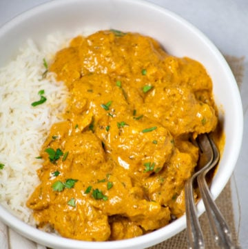 Chicken Curry with coconut milk in a white bowl