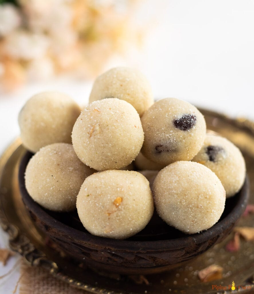 Suji Rava Ladoo in a wooden bowl
