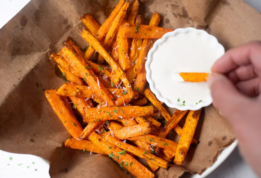 carrot sticks roasted in the air fryer