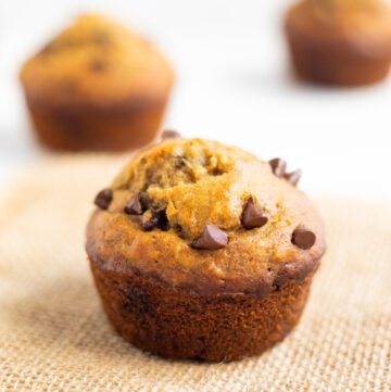 Healthy Muffins with banana. Flax and Chocolate chips