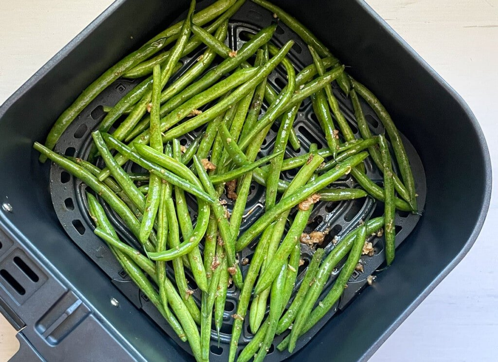 Chinese seasoned garlic green Beans in the air fryer