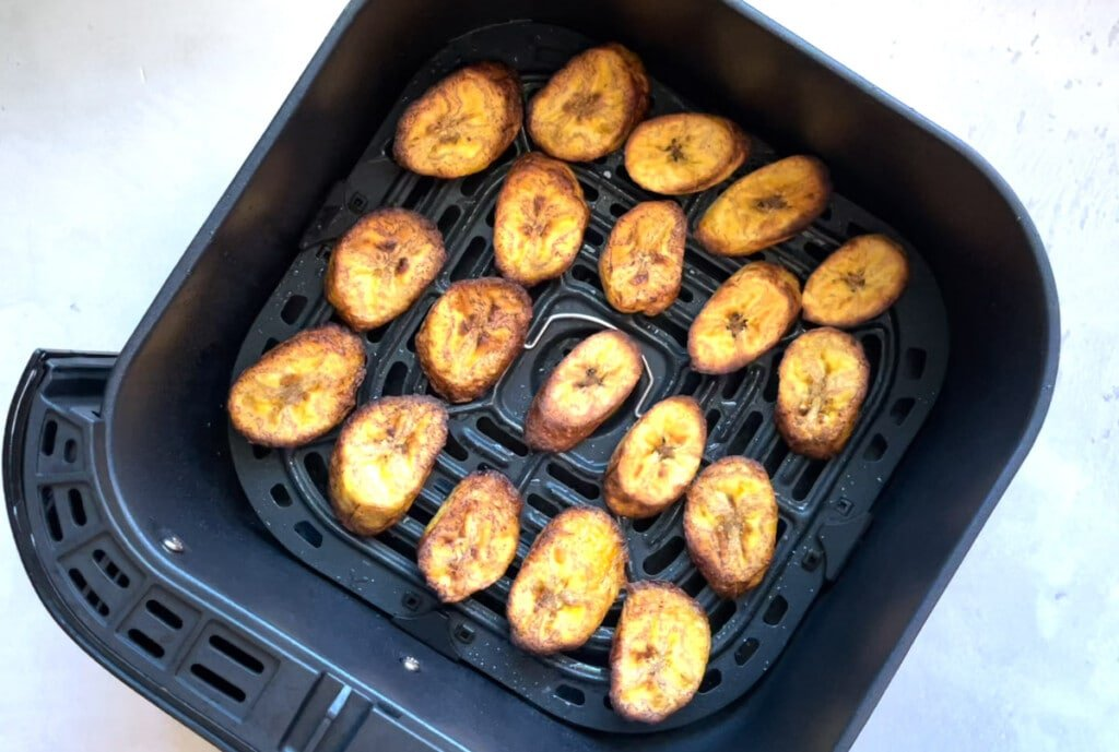 Plantains cooked in the air fryer