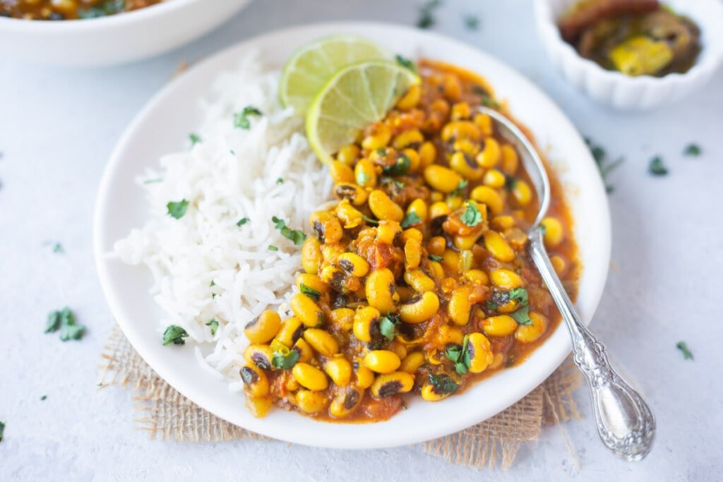 Black eyed peas curry served with rice
